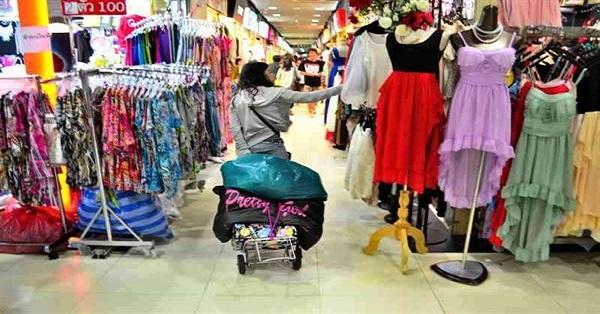 Nhập quần áo