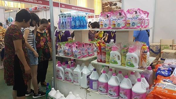 Kinh doanh hàng tiêu dùng Thái Lan